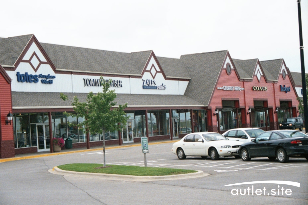 Tanger Outlet Center Tuscola